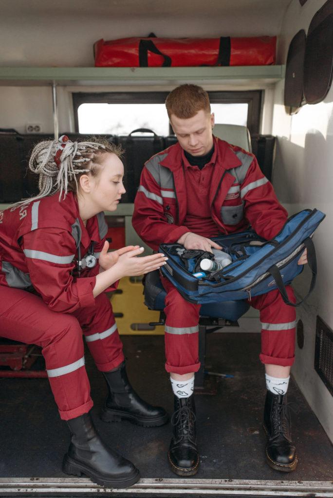 Transport sanitari: diagnosi preventiva del vehicle i manteniment de la seva dotació material