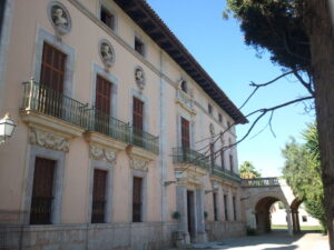 Palau_i_jardins_d'Ayamans_(Lloseta)_2013-09-22_18-59-28